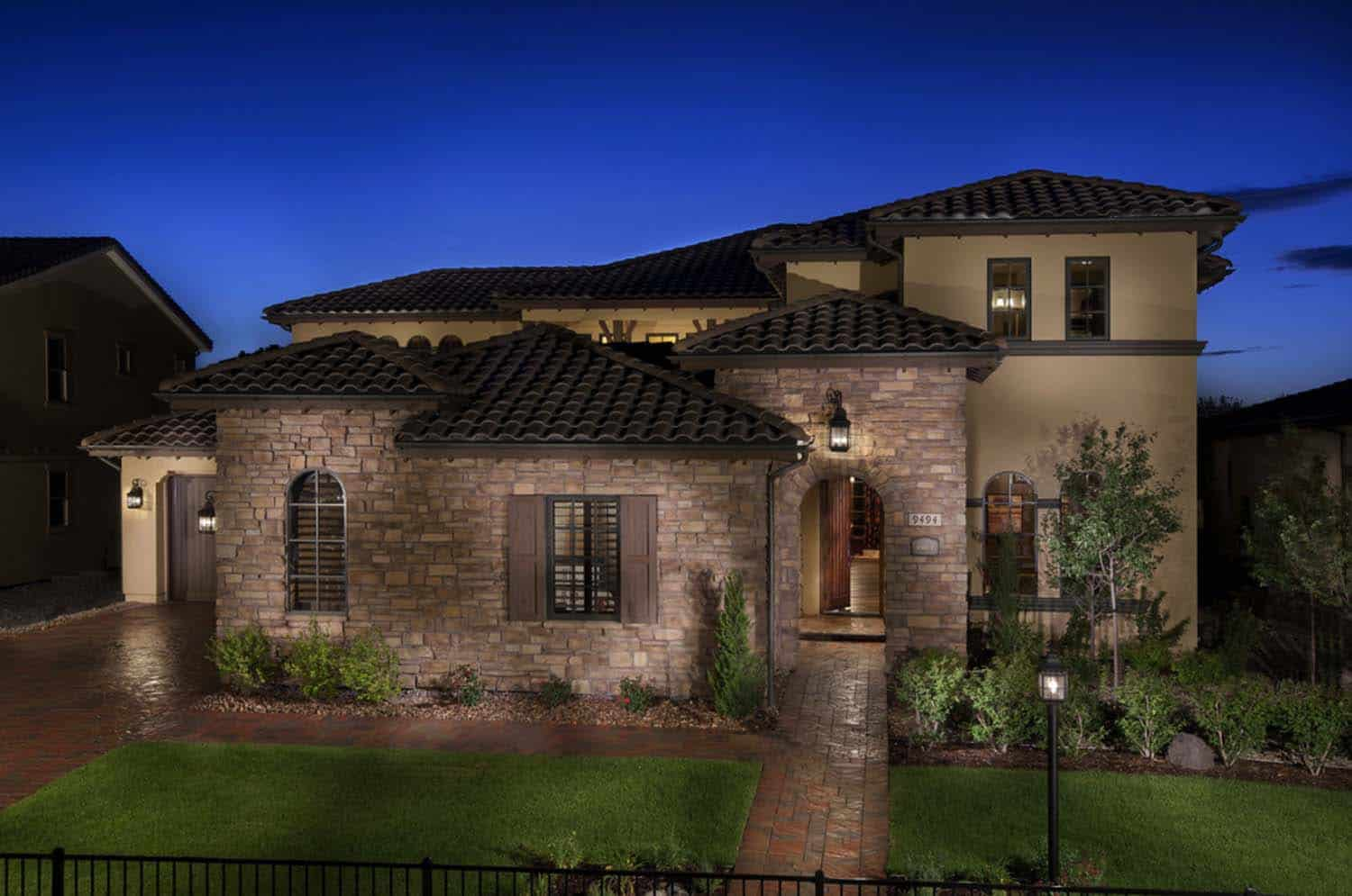 Mediterranean Style Home-Celebrity Communities-25-1 Kindesign