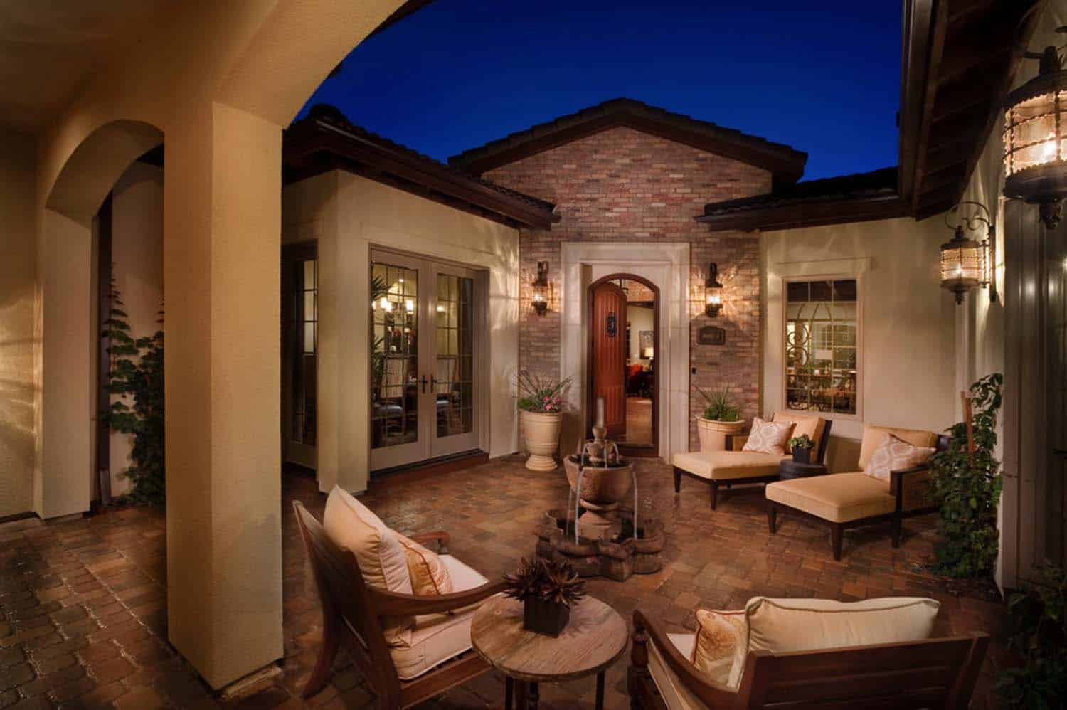 Mediterranean Style Home-Celebrity Communities-44-1 Kindesign