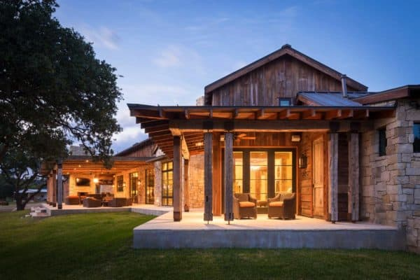 featured posts image for Modern-rustic barn style retreat in Texas Hill Country