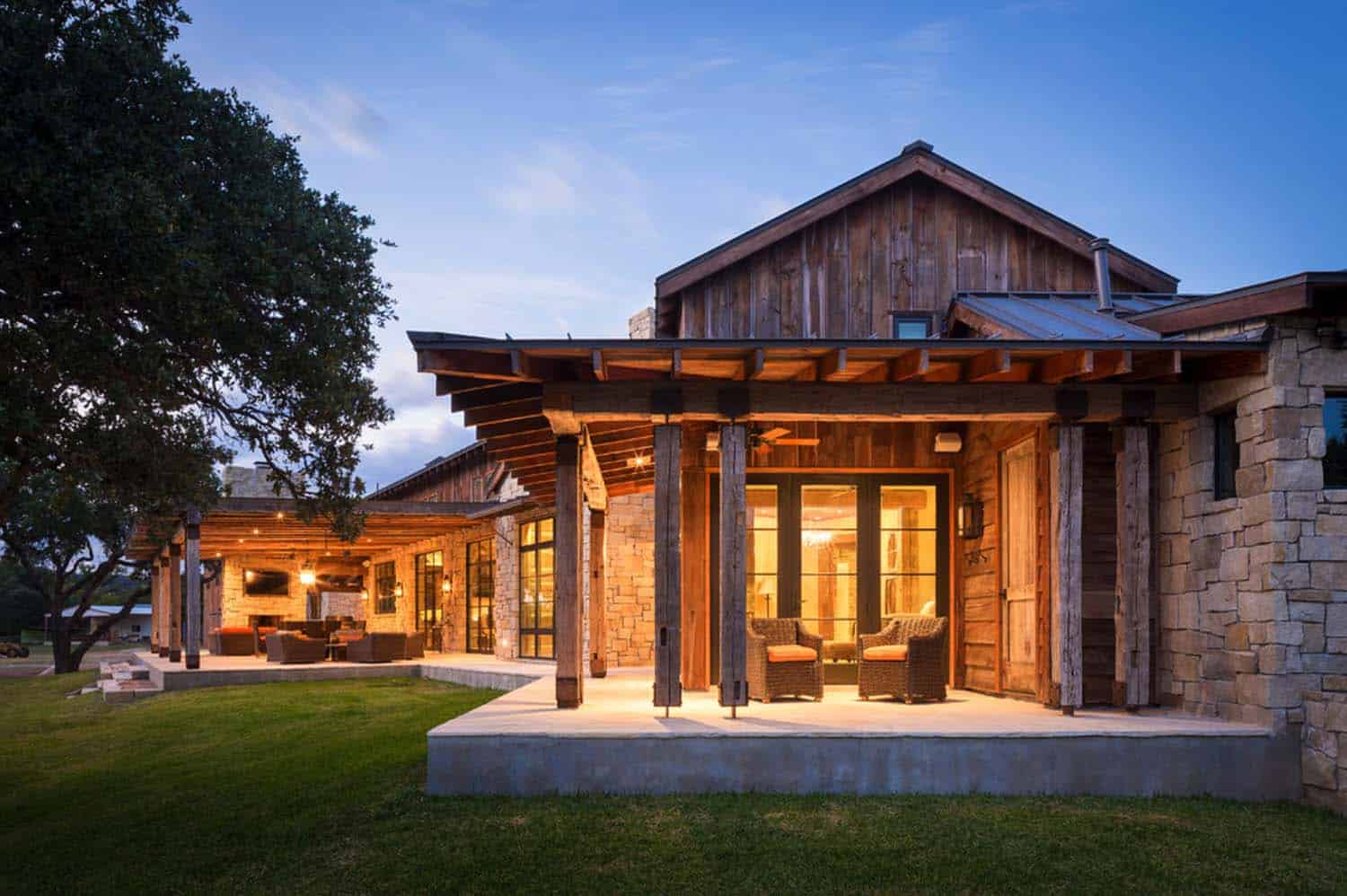 Modern rustic barn style retreat in texas hill country for Hill country architecture