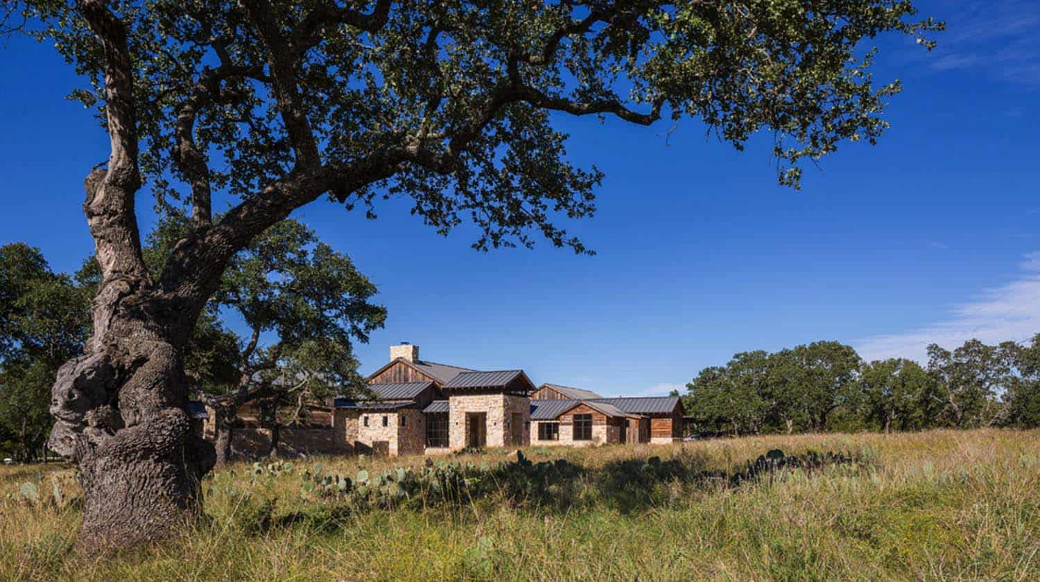 Texas Hill Country House Plans Modern Rustic Barn Style Retreat In Texas Hill Country