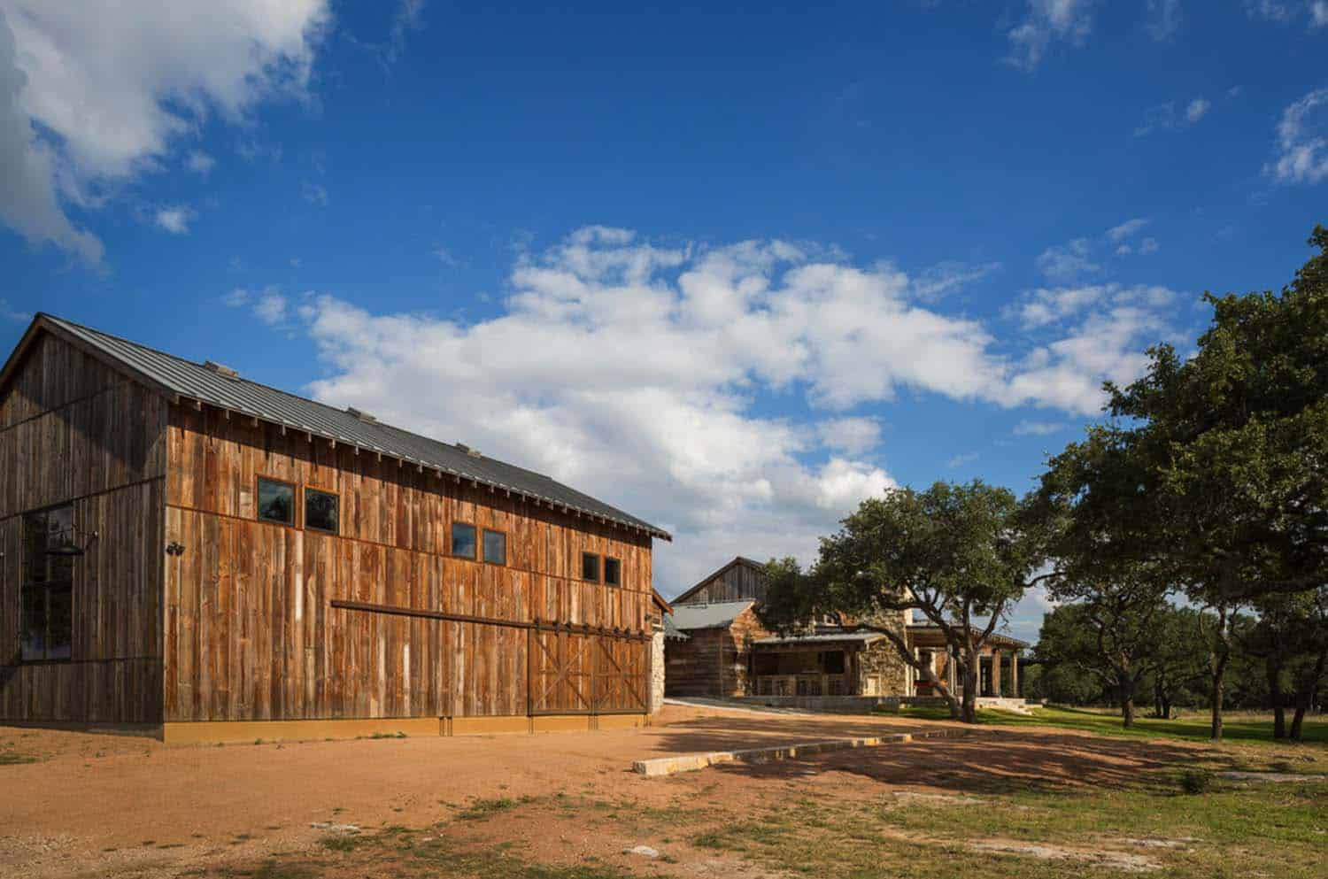 Ranch Home-Cornerstone Architects-47-1 Kindesign