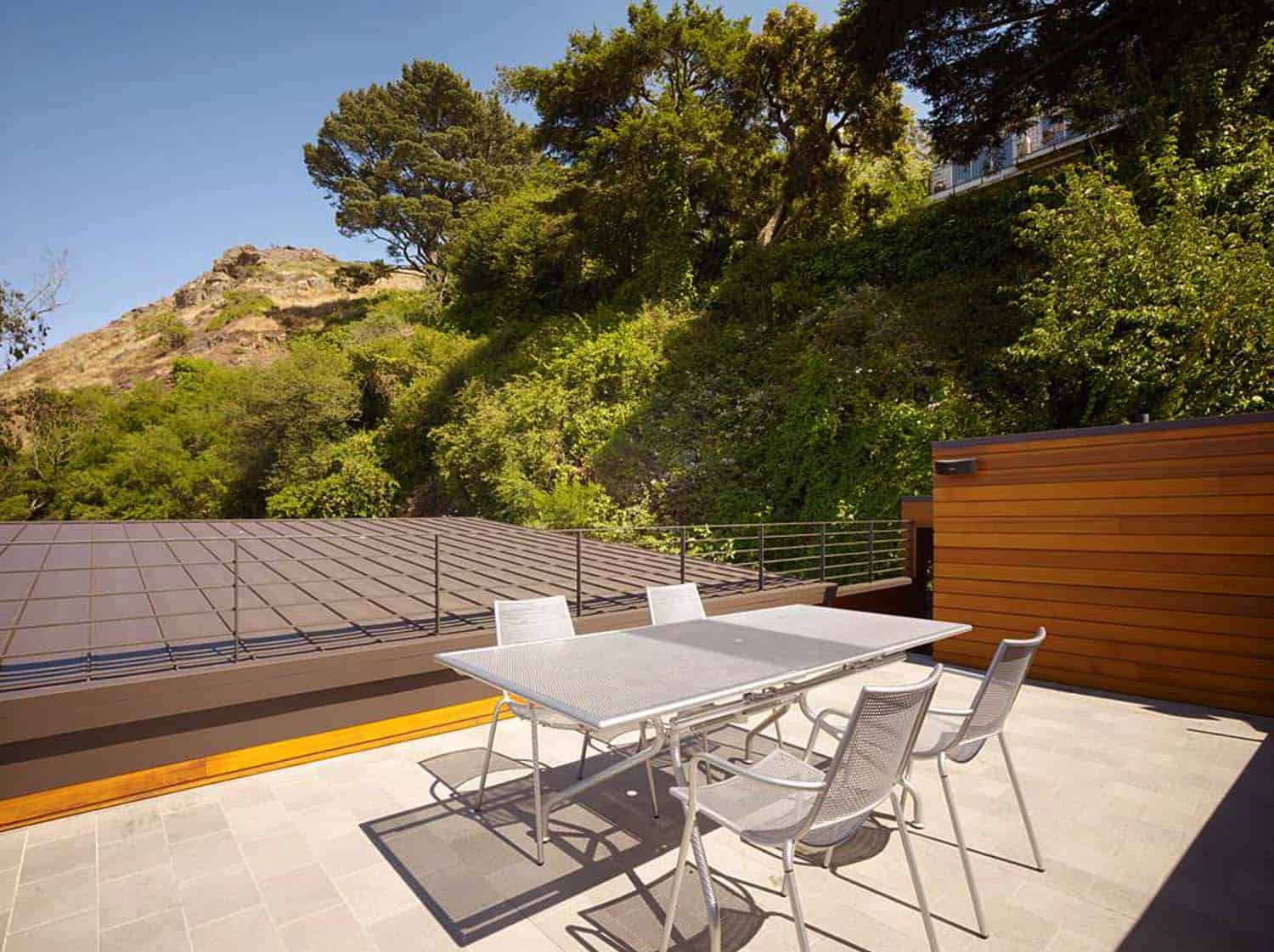 Cole Valley Hillside Residence-John Maniscalco Architecture-25-1 Kindesign