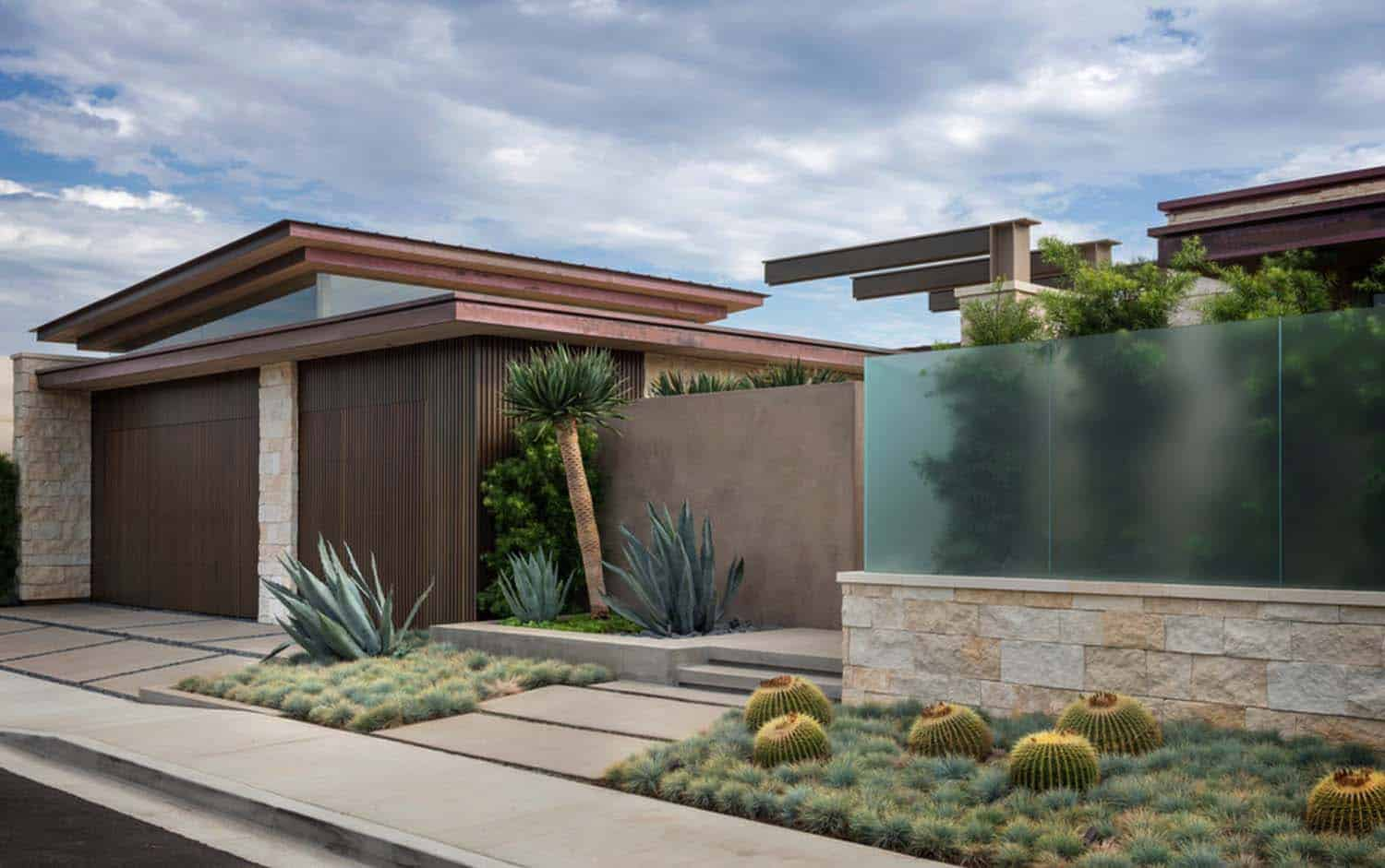 Contemporary Blufftop House-Graham Architecture-01-1 Kindesign