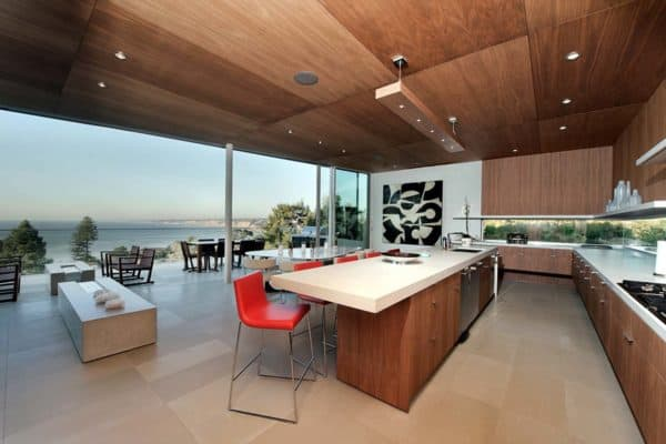 featured posts image for Contemporary hillside home floats above its site in La Jolla