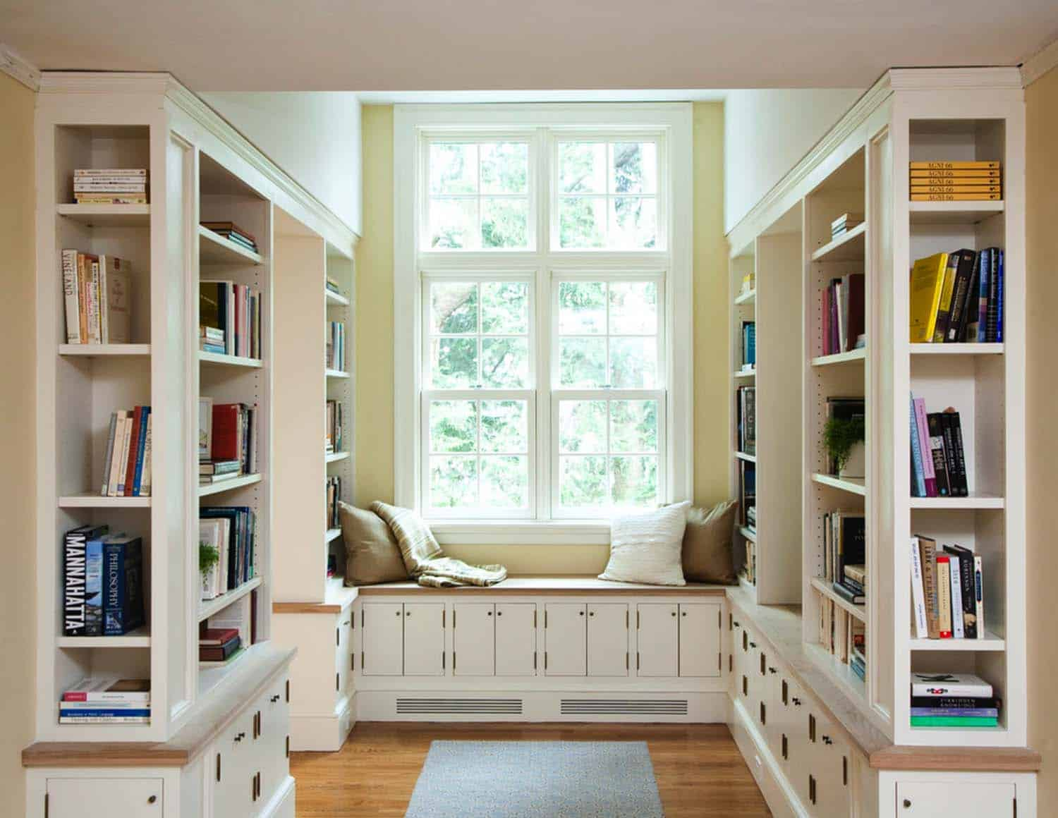 Home Library with Window Seat-15-1 Kindesign