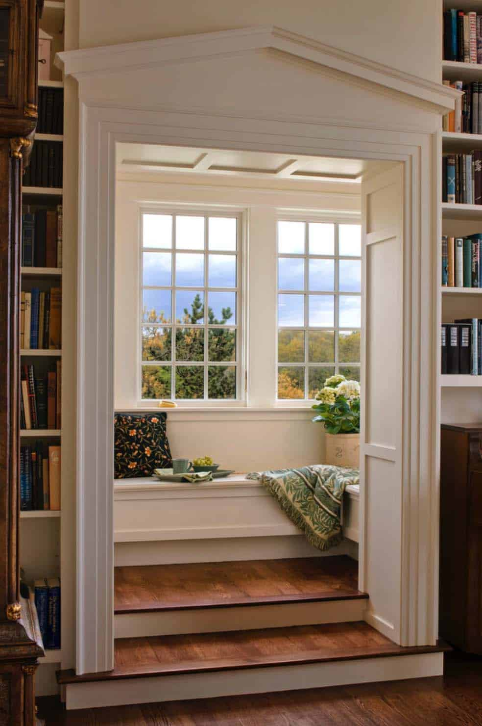 Home Library with Window Seat-21-1 Kindesign