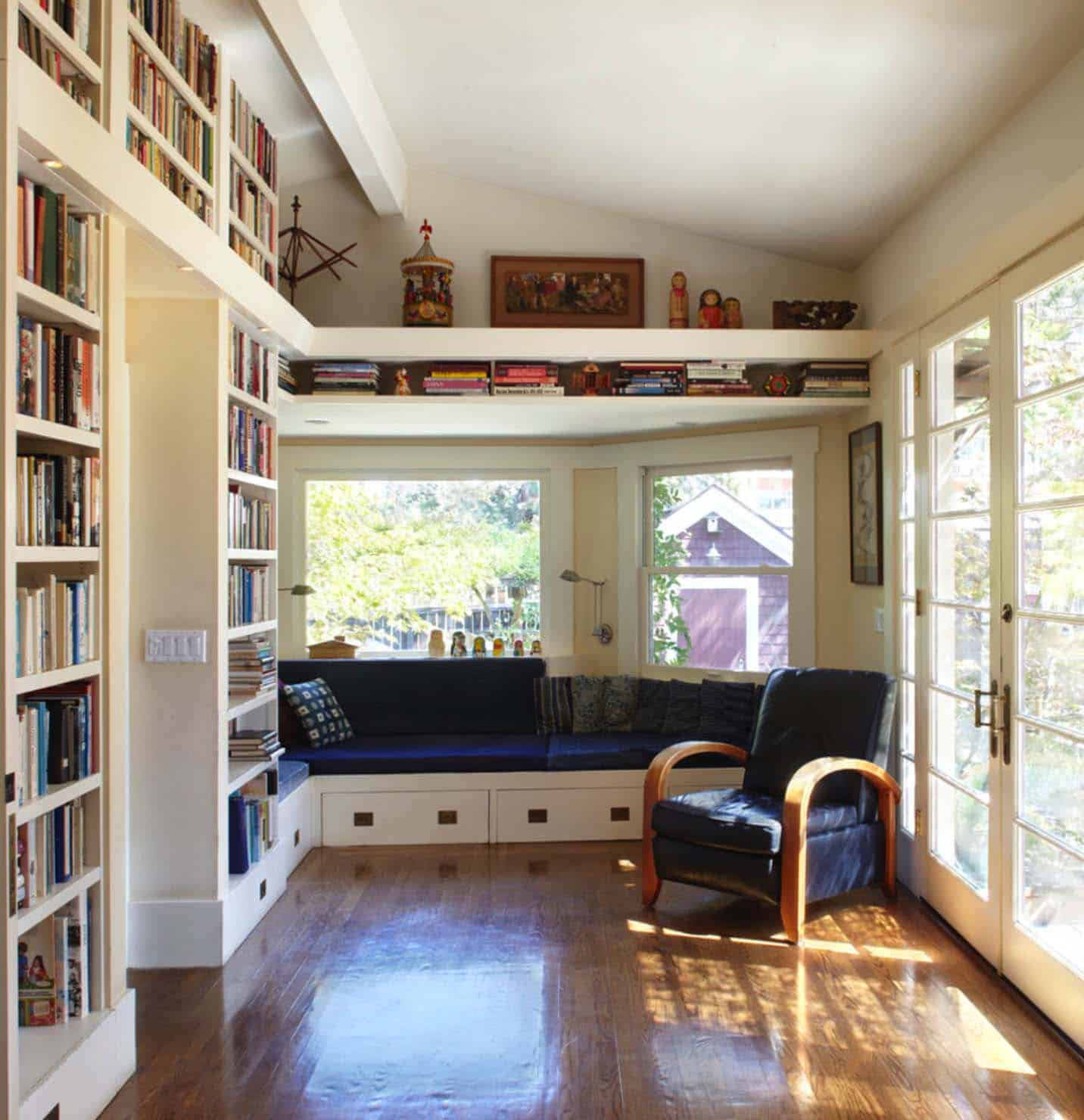 Home Library with Window Seat-34-1 Kindesign