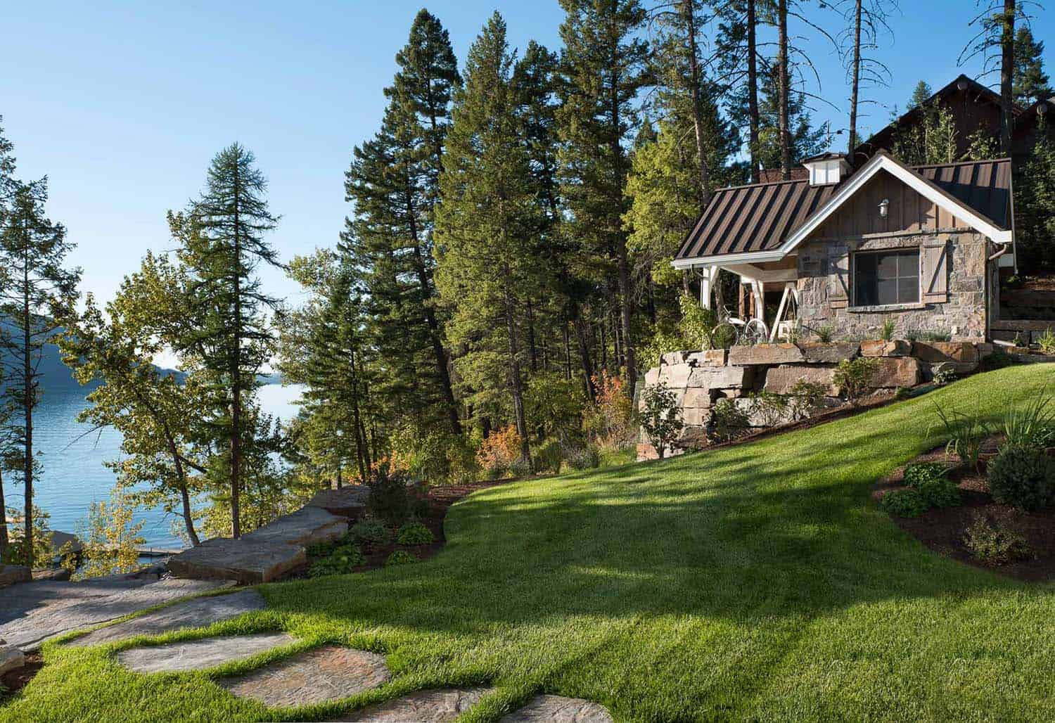 Lake House-Landmark Builders-25-1 Kindesign