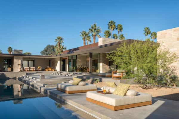 featured posts image for Exquisite modern desert home captivates in Palm Springs