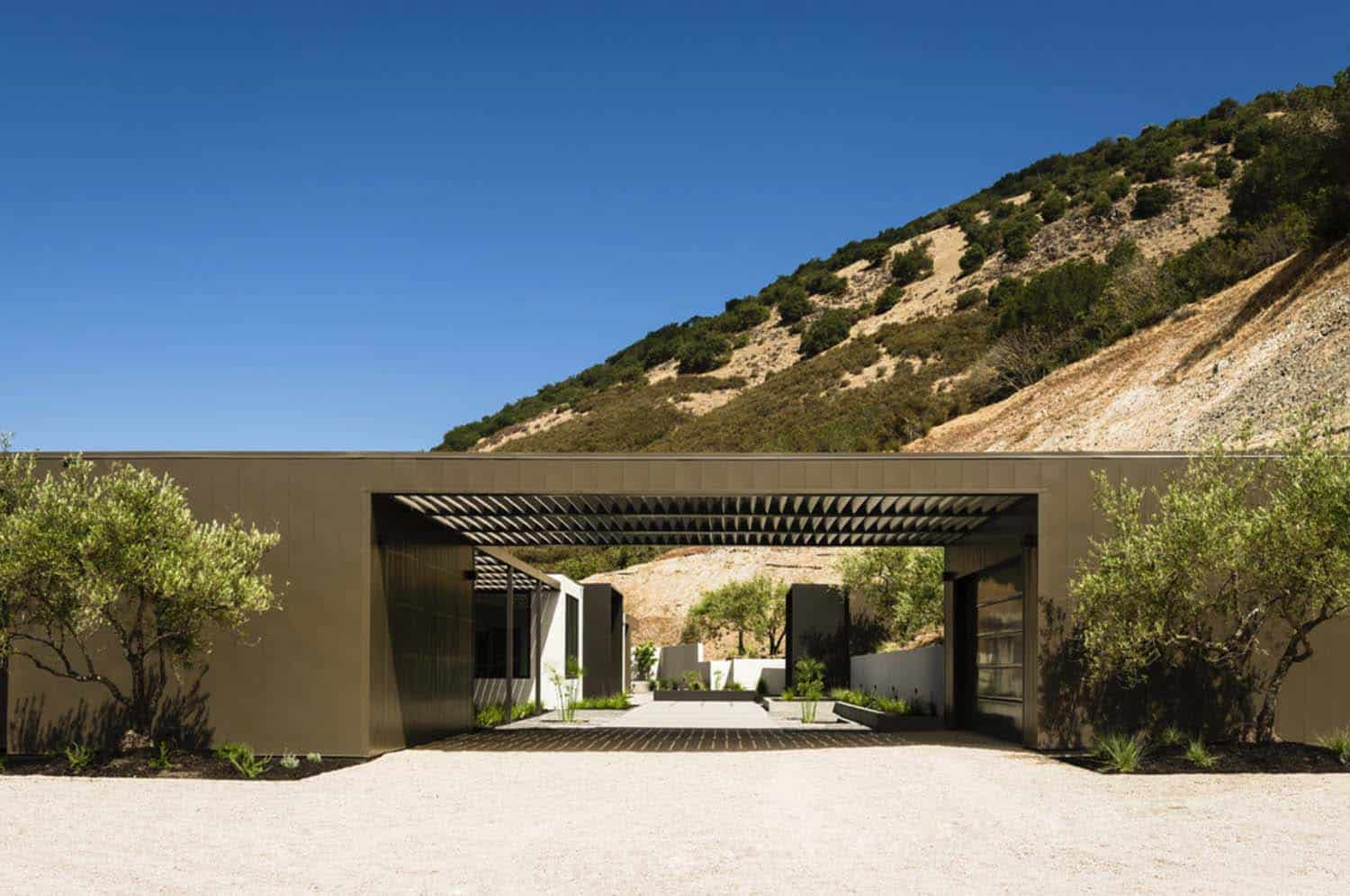 Modern Hillside Home-John Maniscalco Architecture-03-1 Kindesign
