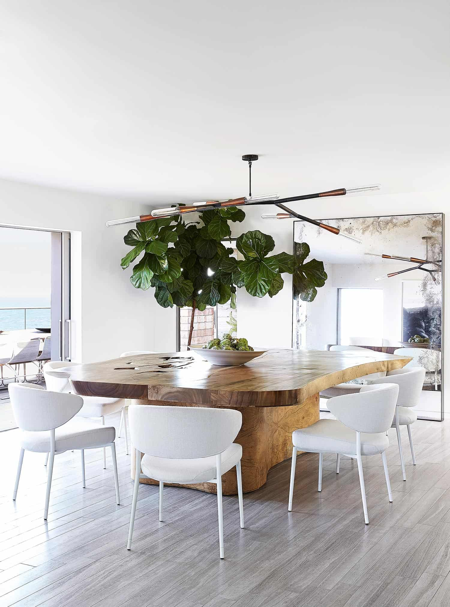 Modern Seaside Retreat-Jamie Bush-06-1 Kindesign
