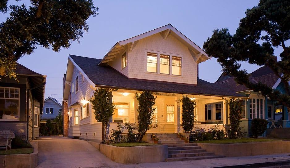Santa Monica Beach House-Evens Architects-01-1 Kindesign