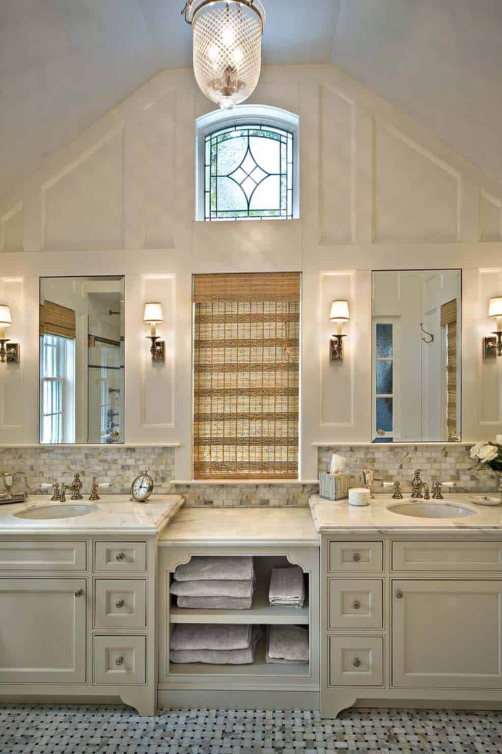 Traditional Bathroom Design Ideas-33-1 Kindesign