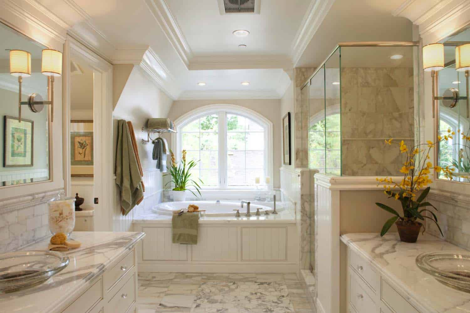 Traditional Bathroom Design Ideas-40-1 Kindesign
