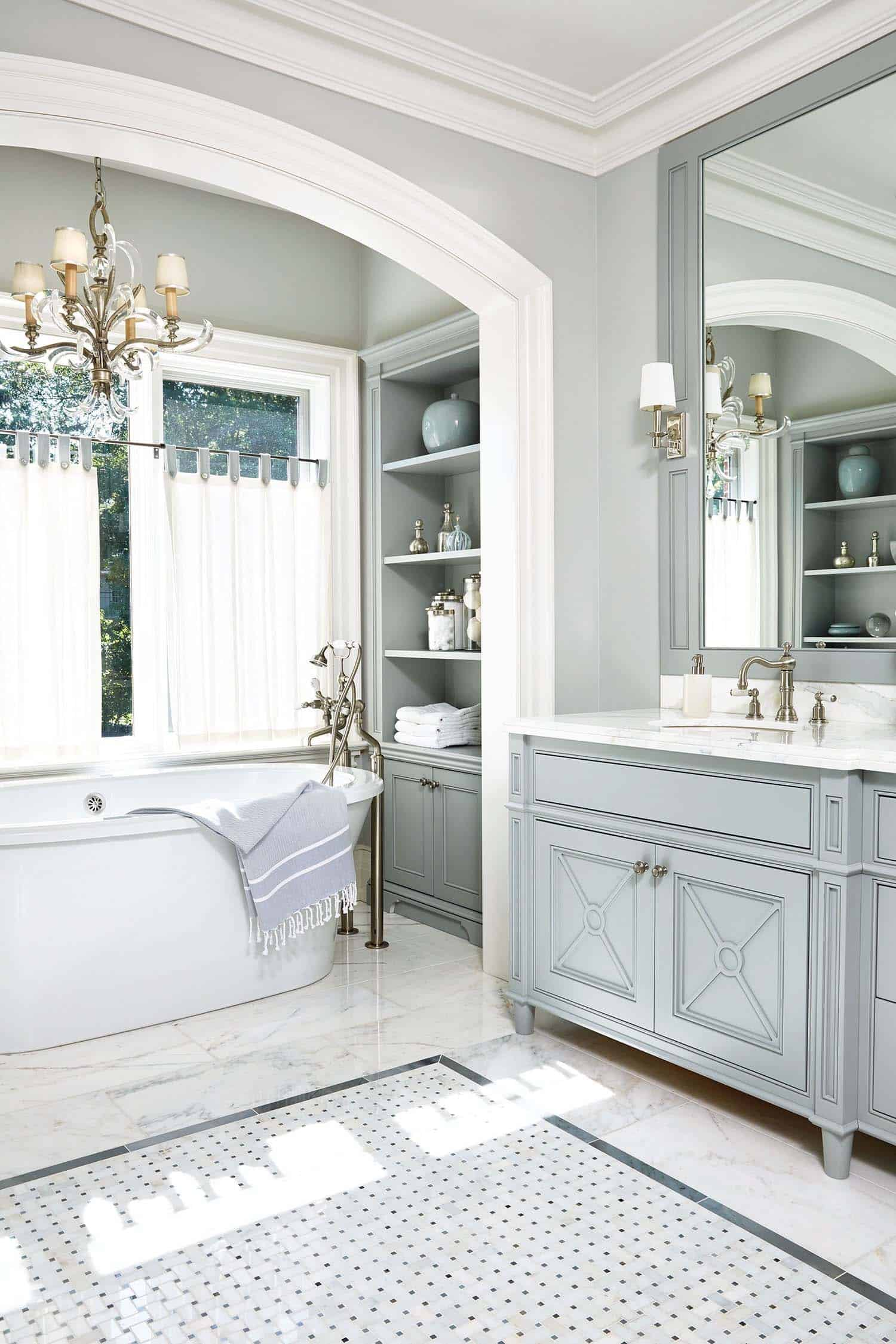 Traditional Bathroom Design Ideas-43-1 Kindesign