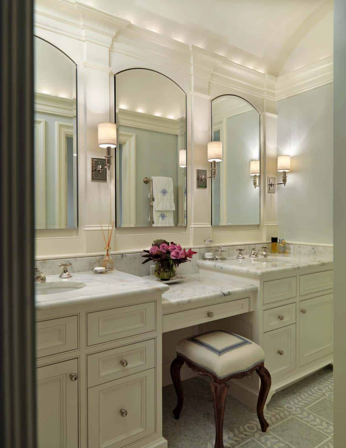 Traditional Bathroom Design Ideas-45-1 Kindesign