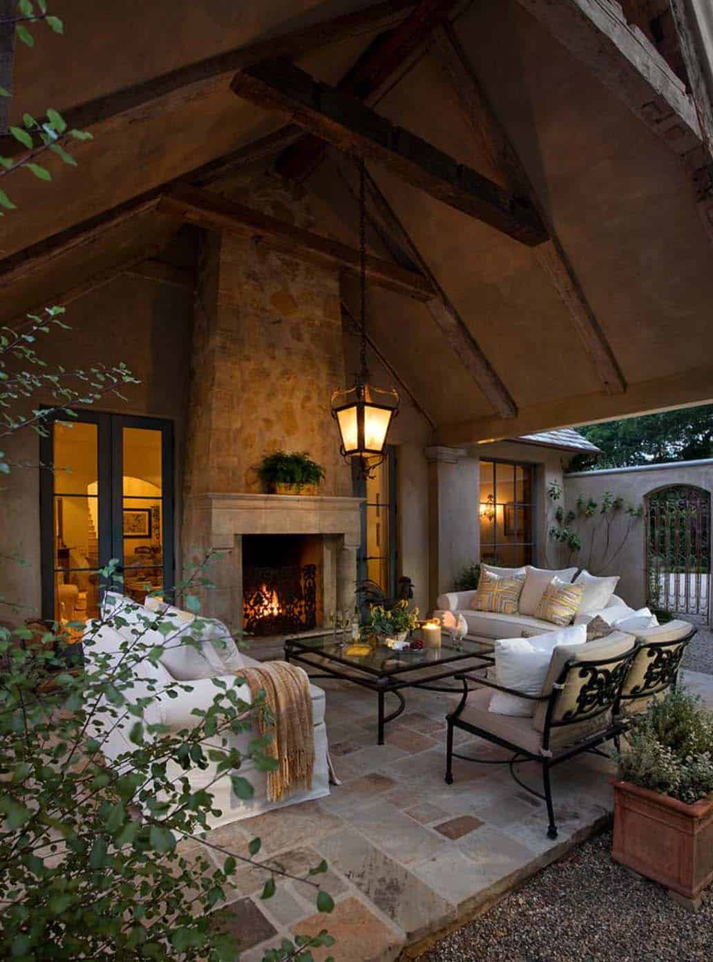 44 traditional outdoor patio designs to capture your