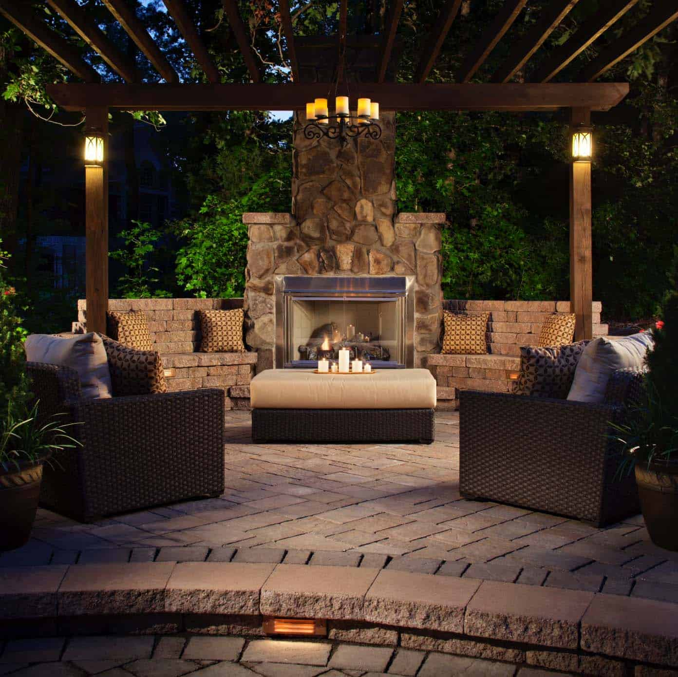Traditional Outdoor Patio Designs-13-1 Kindesign