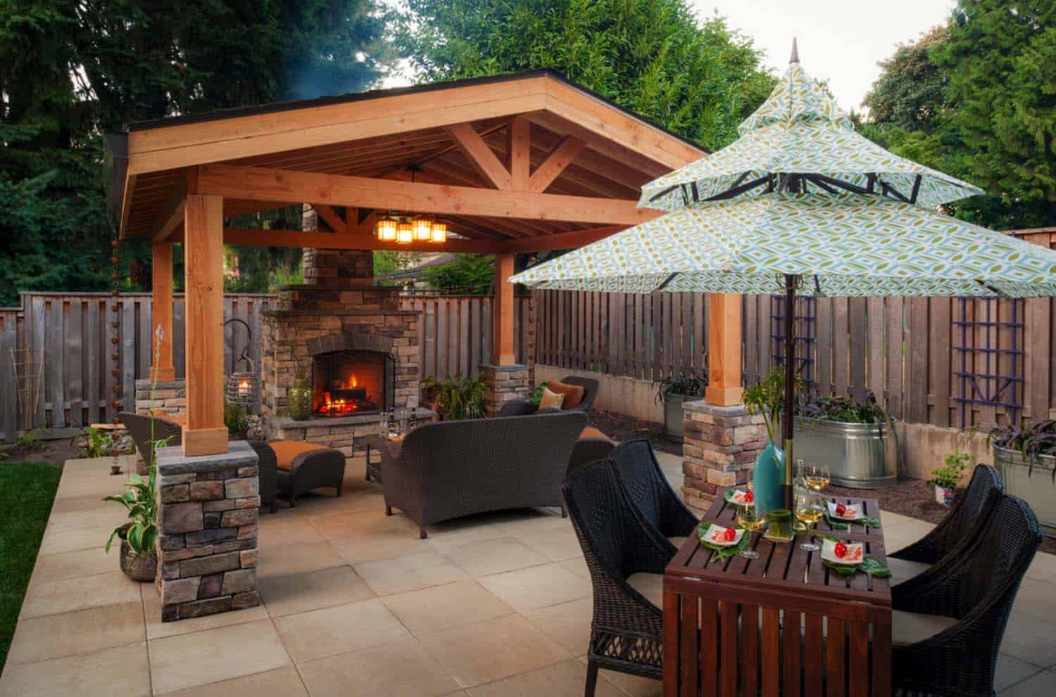 Traditional Outdoor Patio Designs-15-1 Kindesign