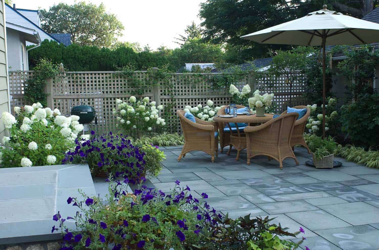 Traditional Outdoor Patio Designs-29-1 Kindesign