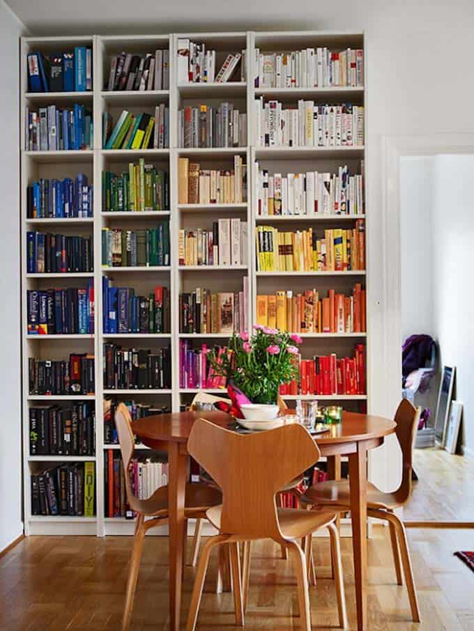 Bookshelf Ideas-Coordinated Books-08-1 Kindesign