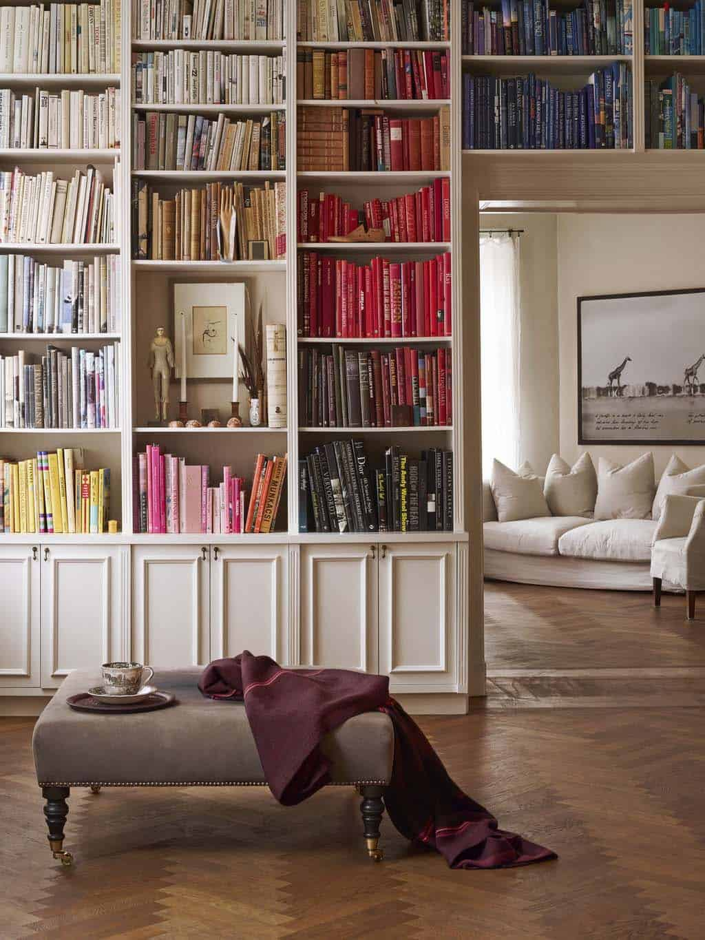 Bookshelf Ideas-Coordinated Books-32-1 Kindesign