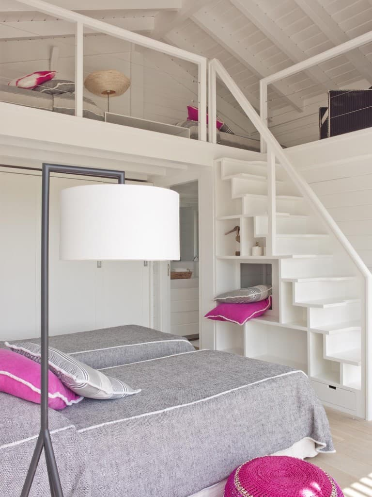 Inviting Seaside Cabin-Saaranha Vasconcelos-24-1 Kindesign
