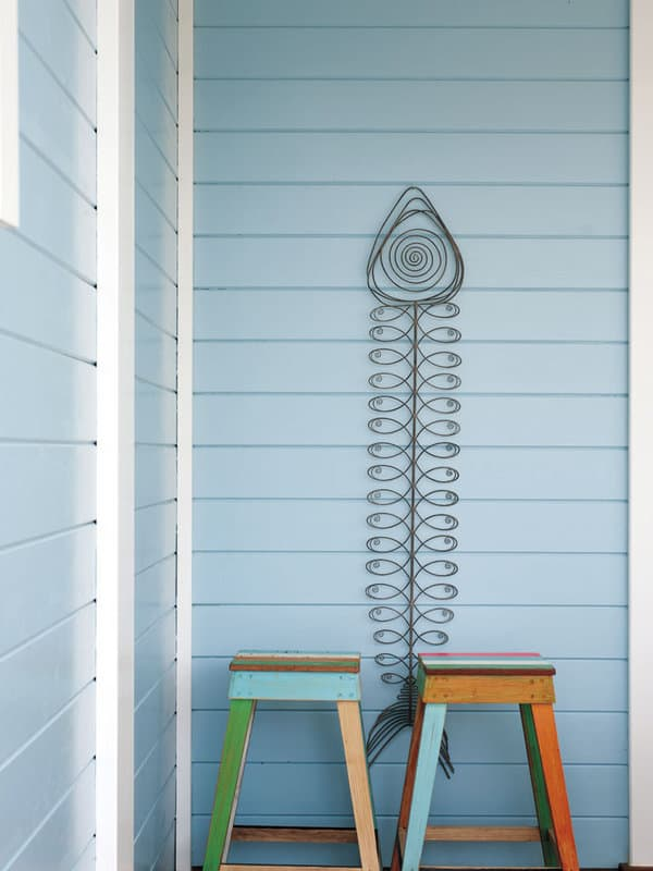 Inviting Seaside Cabin-Saaranha Vasconcelos-26-1 Kindesign
