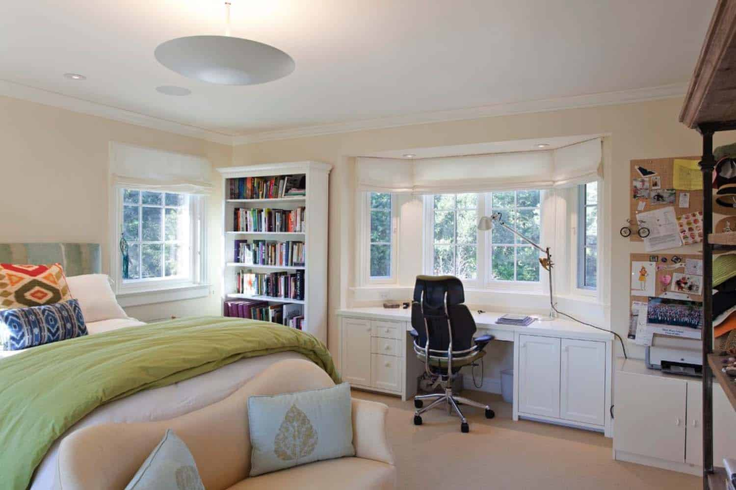 25 fabulous ideas for a home office in the bedroom for Home office room ideas
