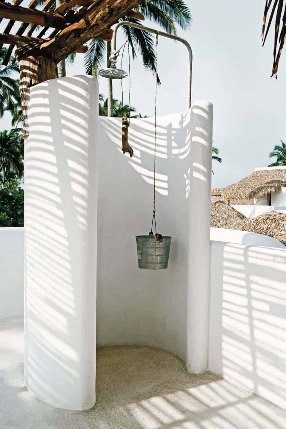 Outdoor Shower Design Ideas-16-1 Kindesign