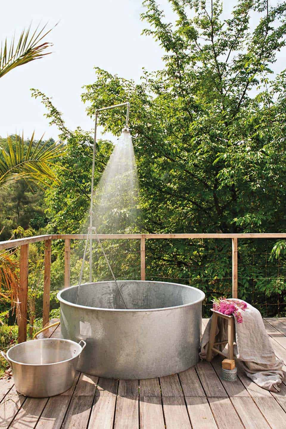 Outdoor Shower Design Ideas-17-1 Kindesign