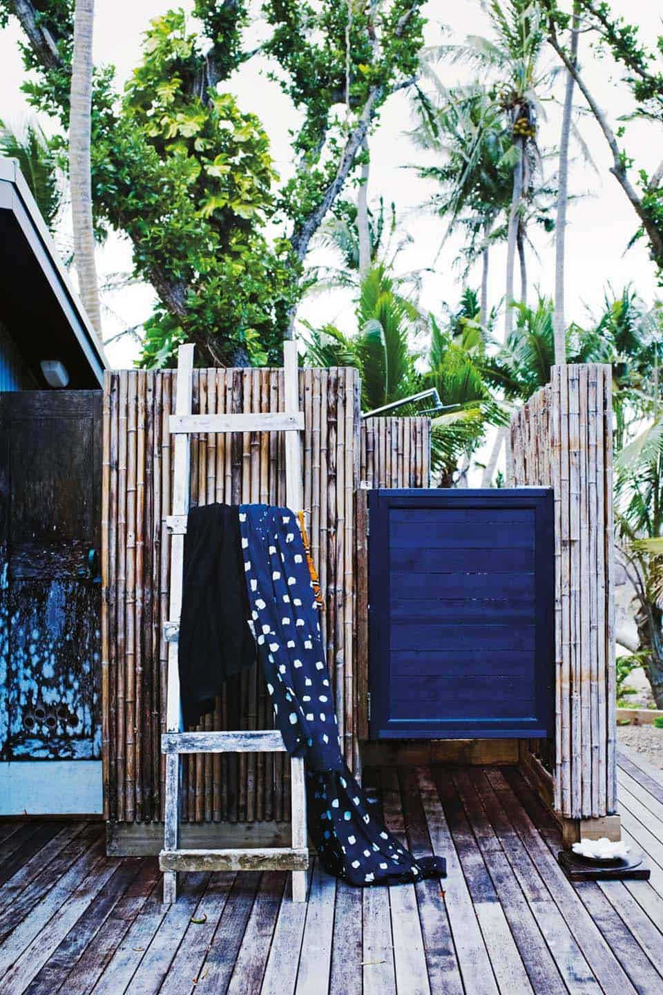 Outdoor Shower Design Ideas-25-1 Kindesign