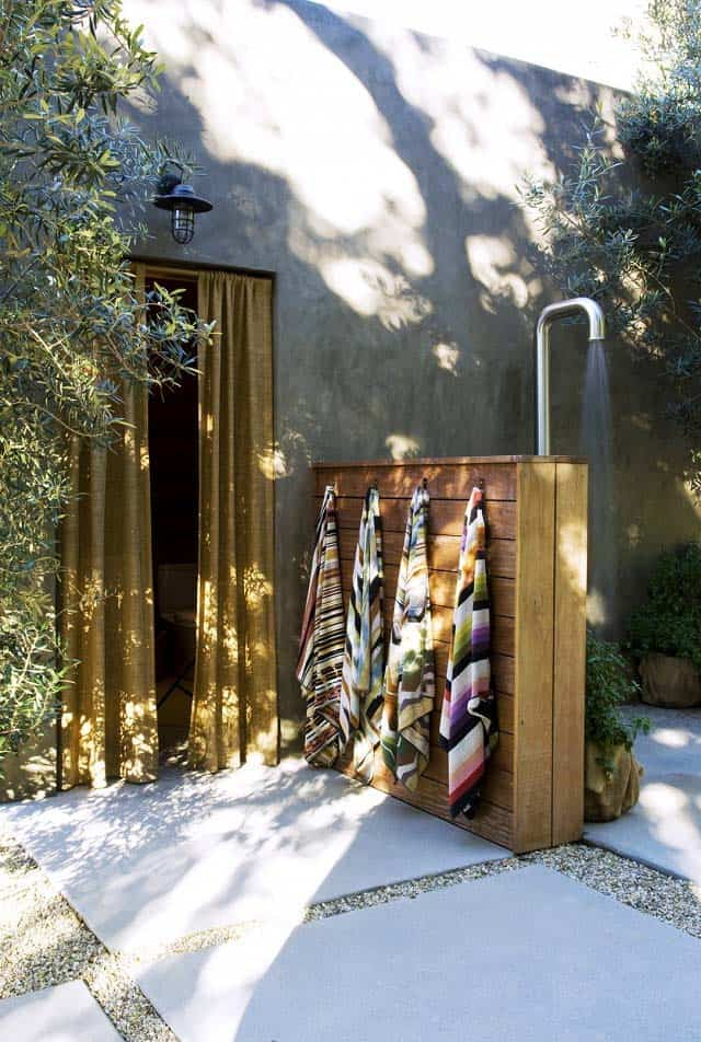 Outdoor Shower Design Ideas-35-1 Kindesign