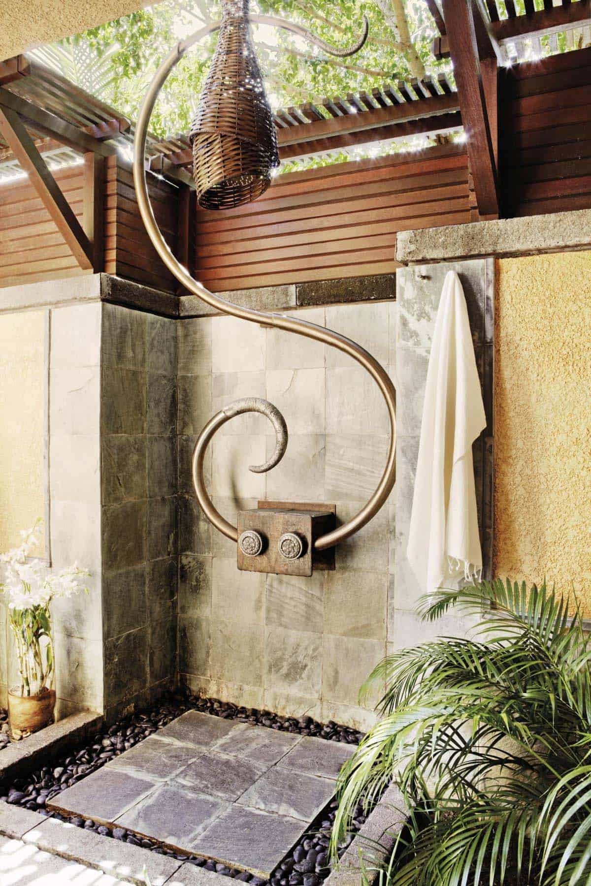 Outdoor Shower Design Ideas-44-1 Kindesign