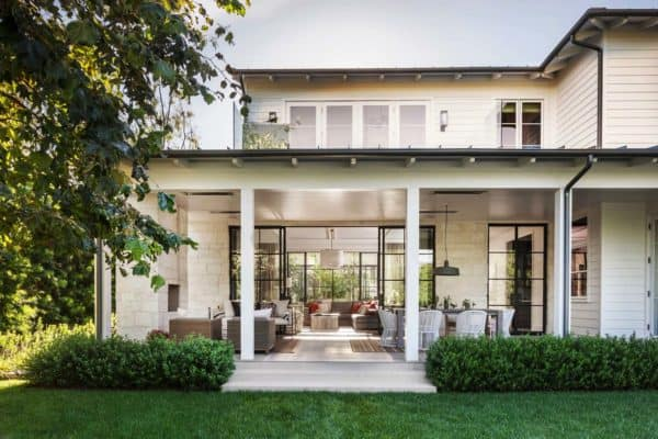 featured posts image for Pacific Palisades home showcases transitional and modern elements