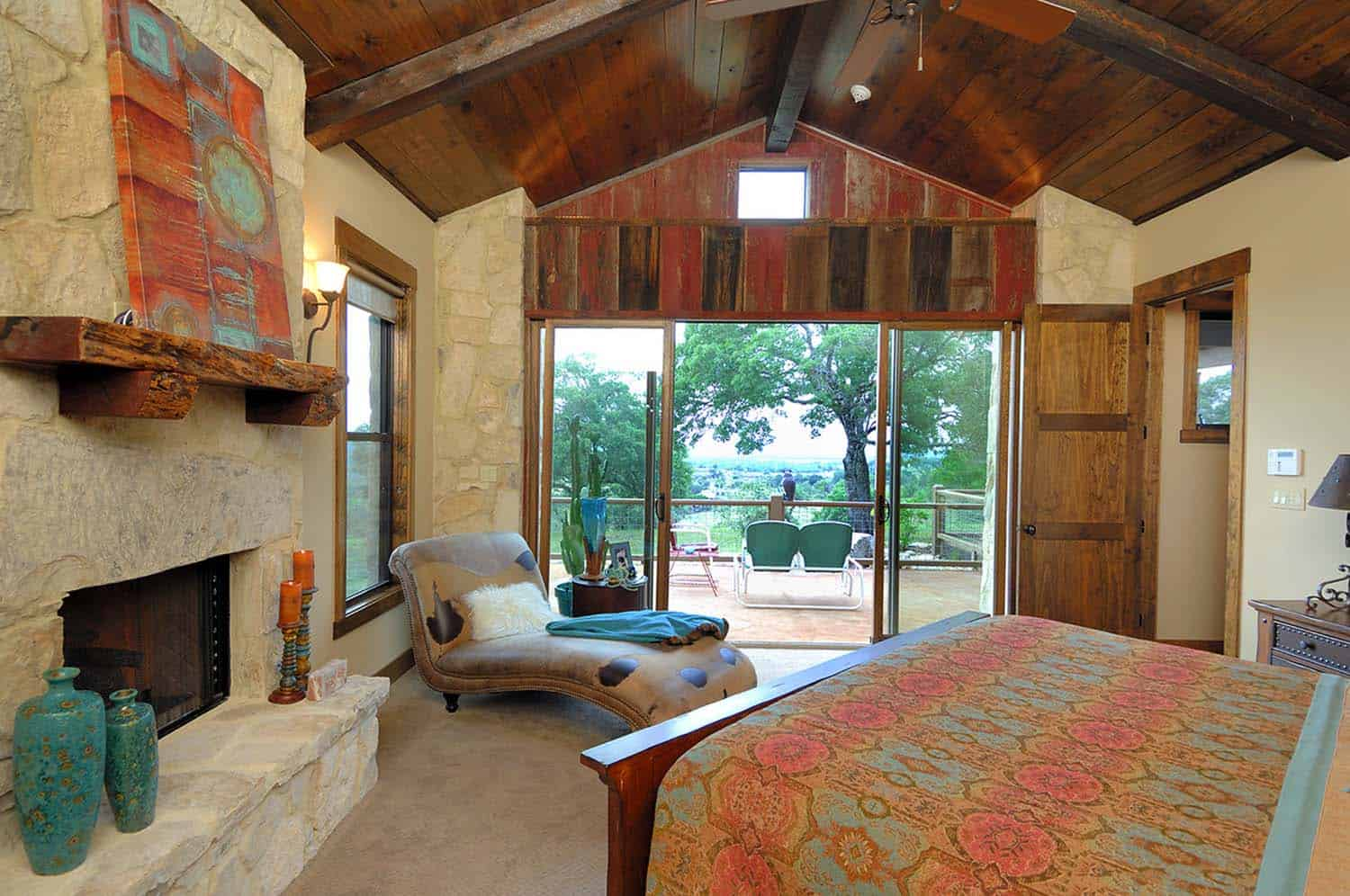 Ranch House-Barn-Burleson Design Group-11-1 Kindesign