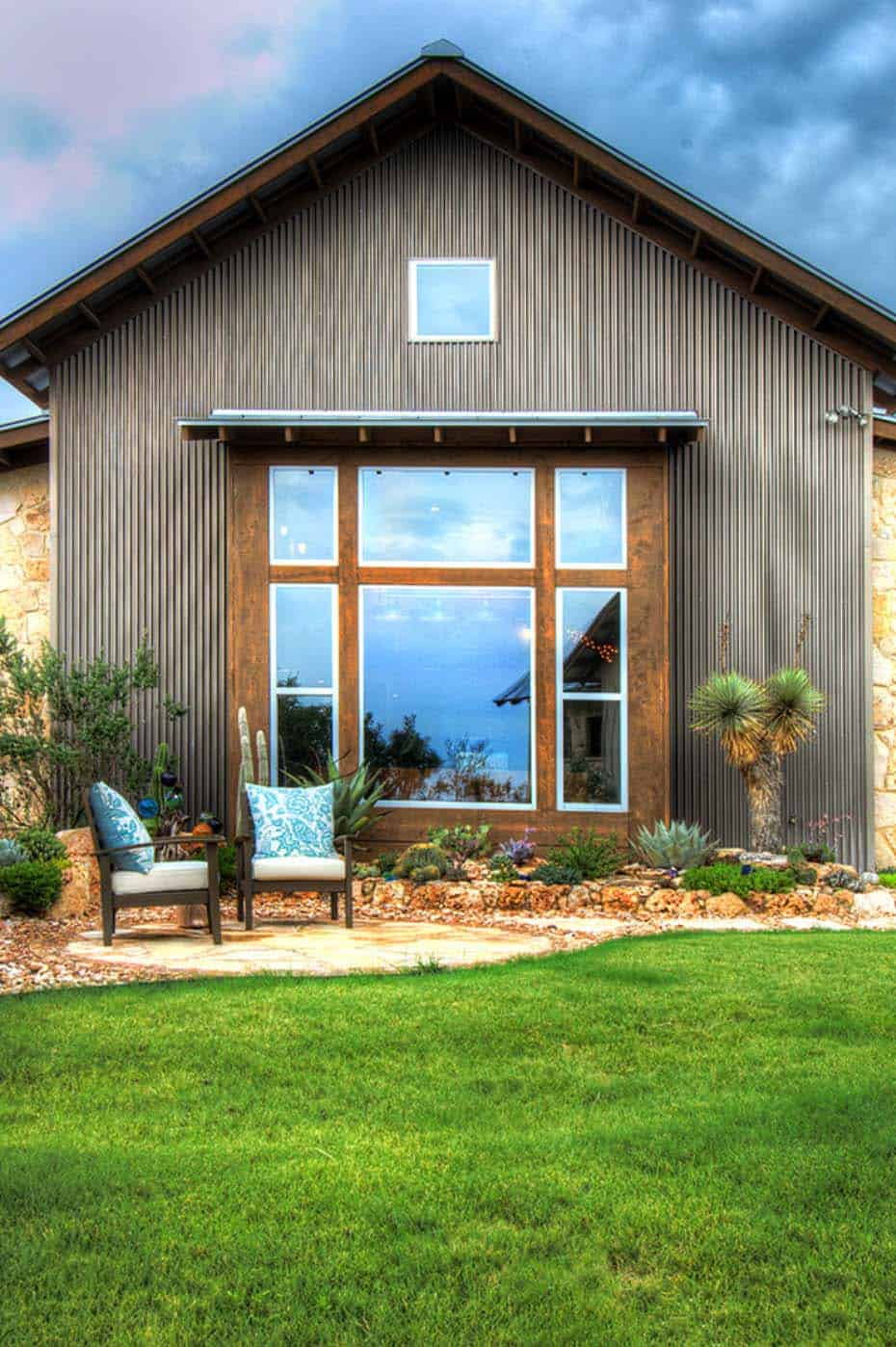 Ranch House-Barn-Burleson Design Group-18-1 Kindesign