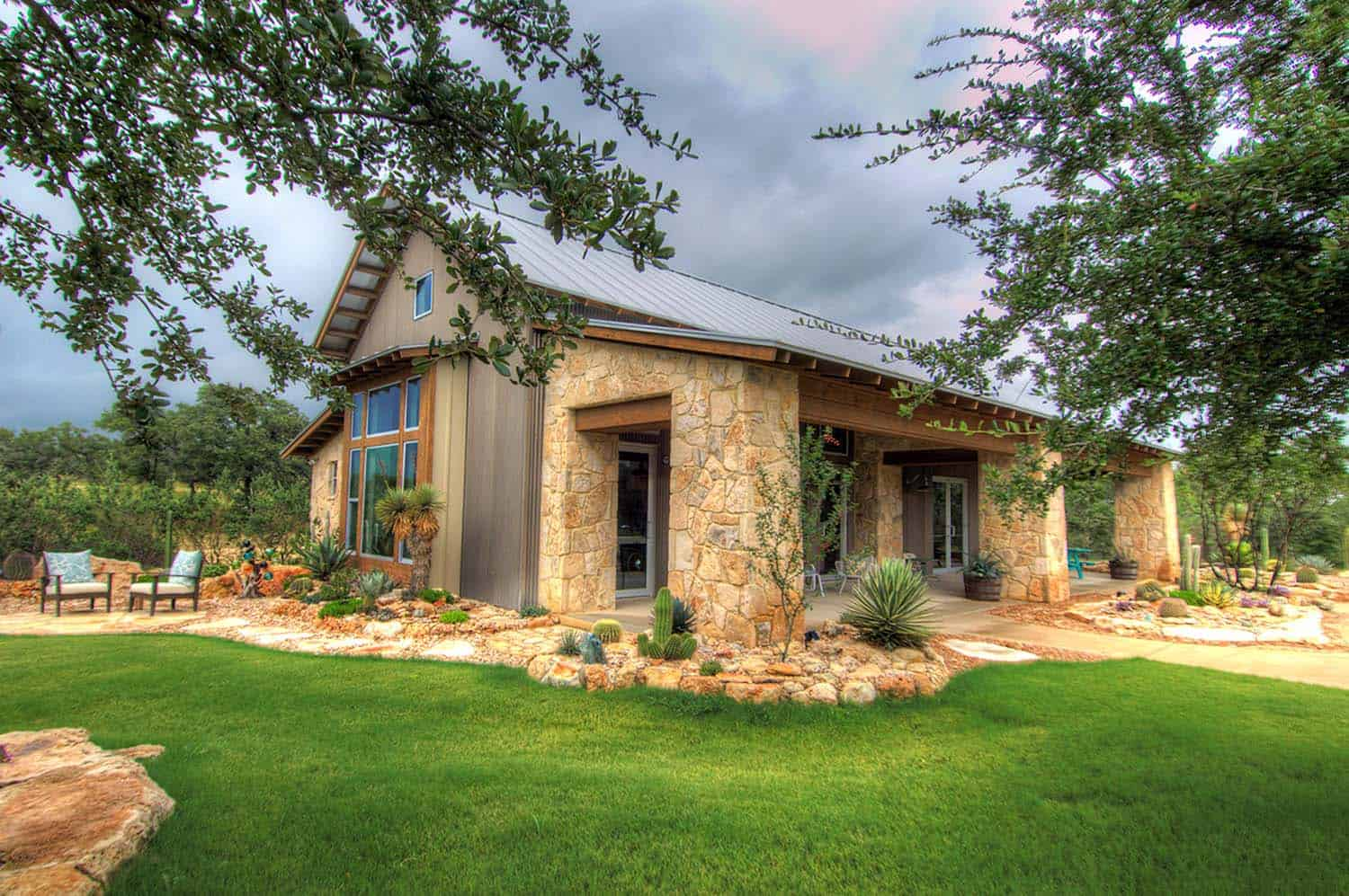 Rustic Ranch House Design Texas on Rustic Barn House Design