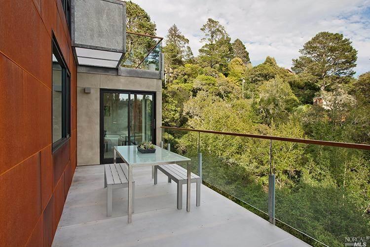 Sustainable Smart Home-Zack de Vito Architecture-37-1 Kindesign
