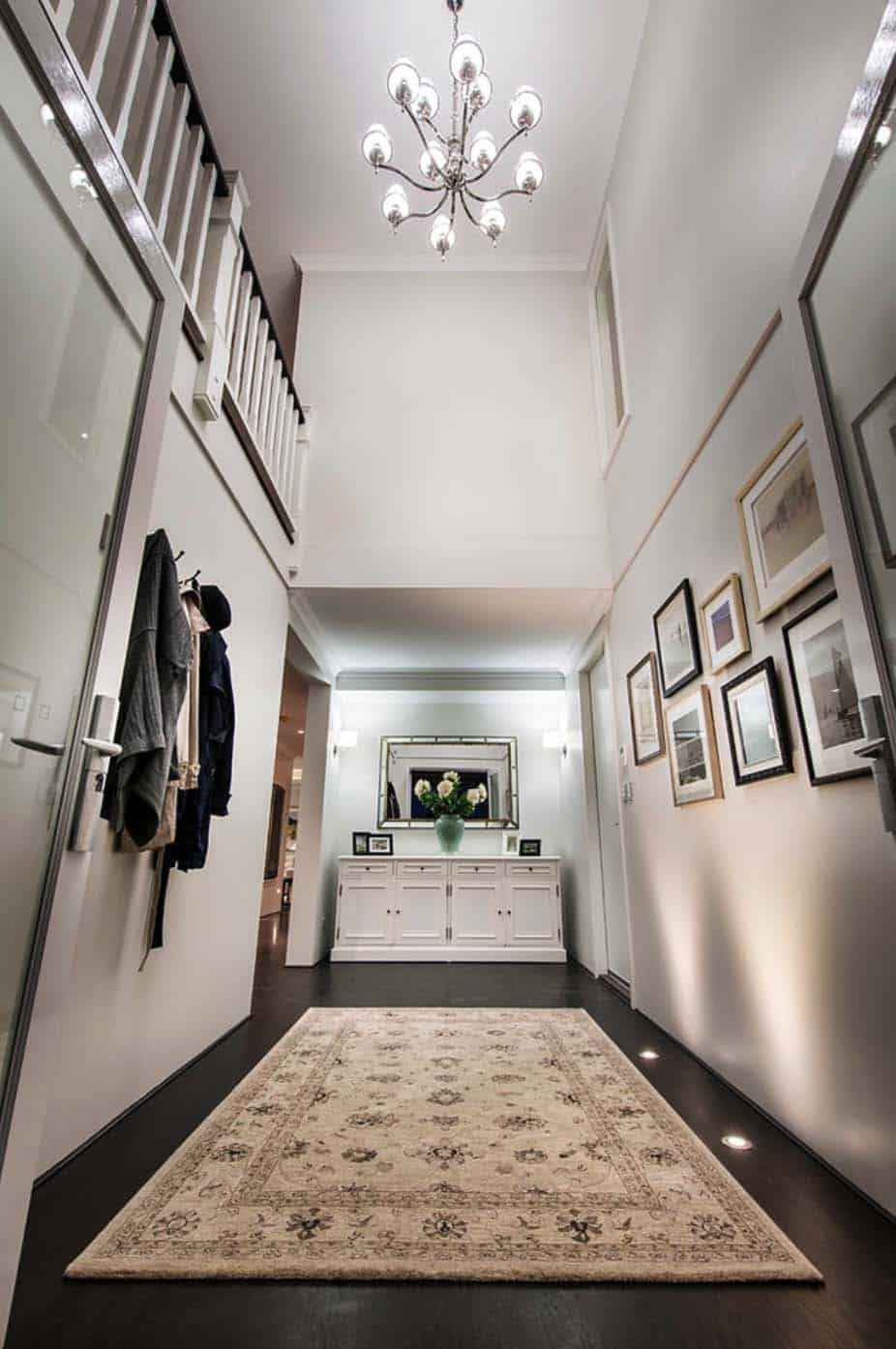 Transitional Style Home-Webb Brown-Neaves-21-1 Kindesign