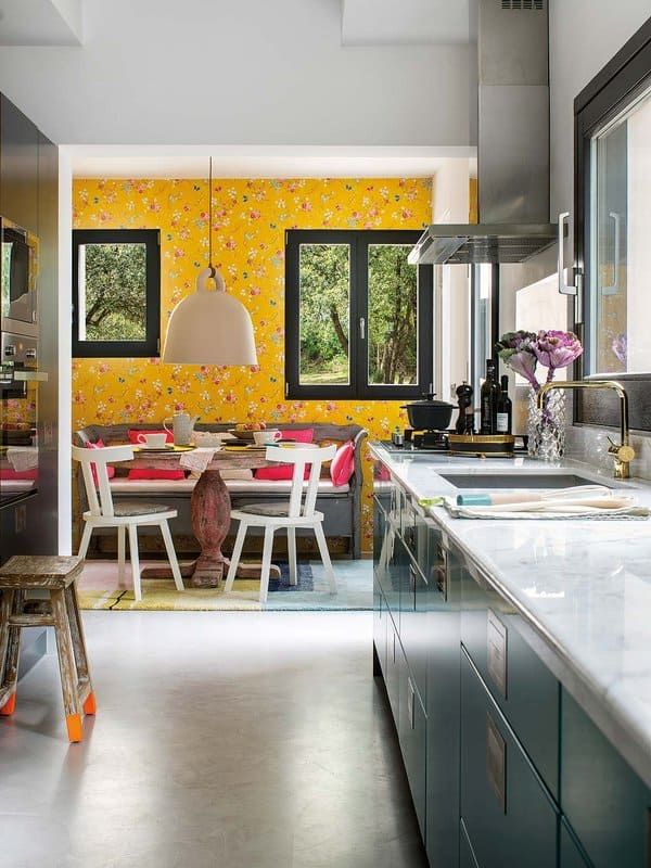 Colorful Waterfront Home-Christine Leja-12-1 Kindesign