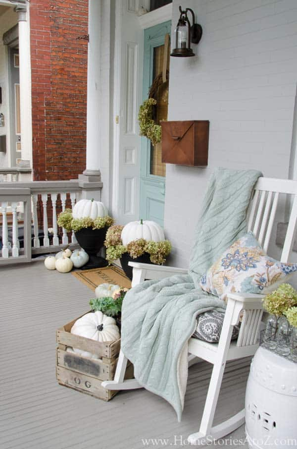 Fall Outdoor Decorating Ideas-028-1 Kindesign