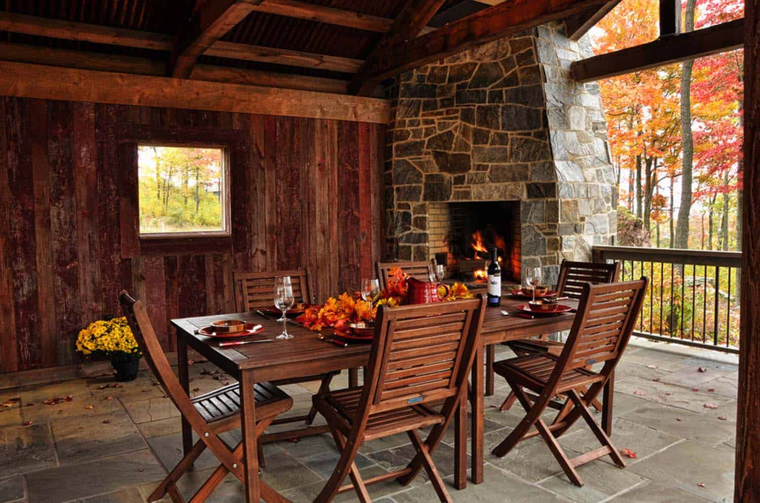 Fall Outdoor Decorating Ideas-12-1 Kindesign