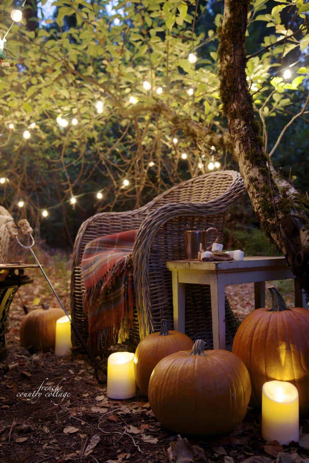 Fall Outdoor Decorating Ideas-14-1 Kindesign