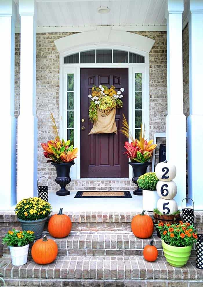 Fall Outdoor Decorating Ideas-17-1 Kindesign