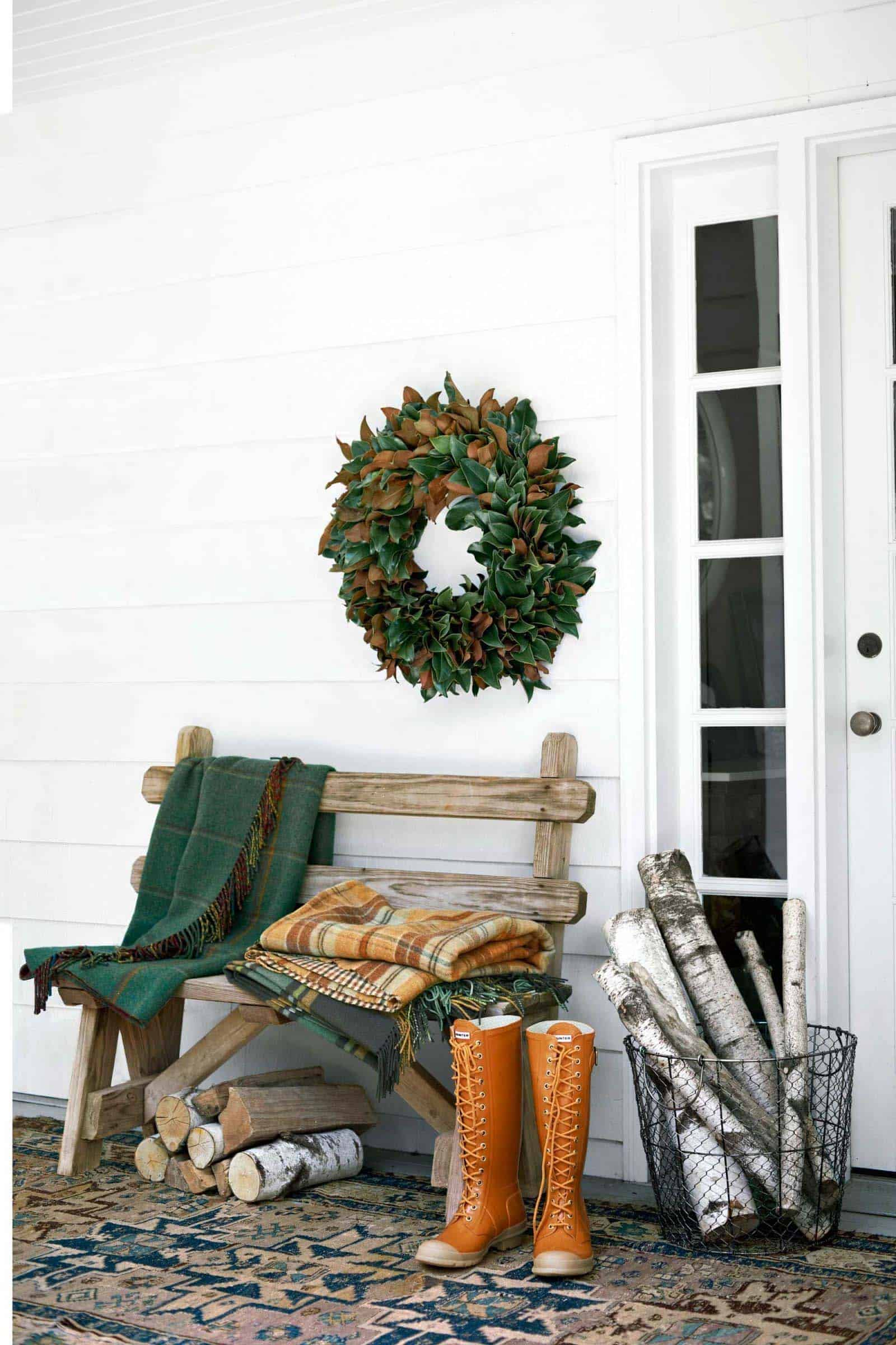 46 of the Coziest Ways to Decorate your Outdoor Spaces for ... on Backyard Garden Decor id=57886