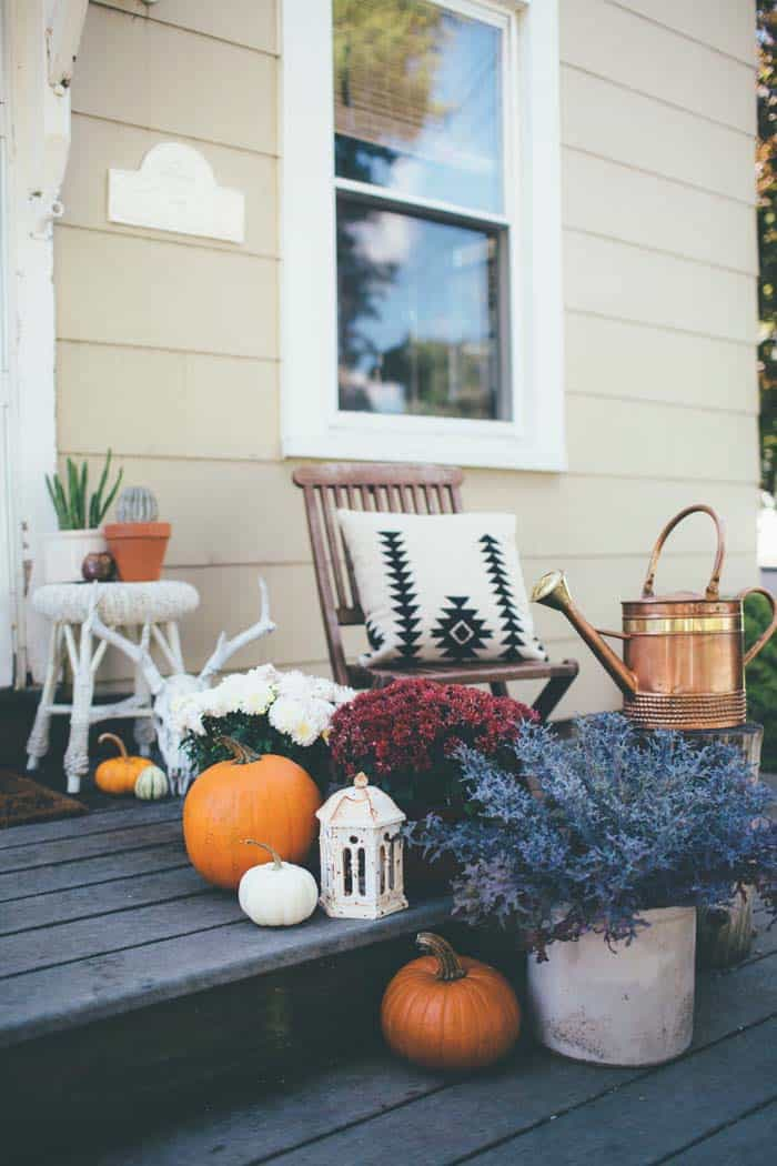 Fall Outdoor Decorating Ideas-24-1 Kindesign