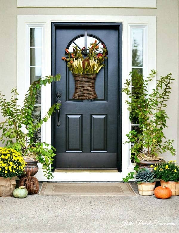 Fall Outdoor Decorating Ideas-25-1 Kindesign