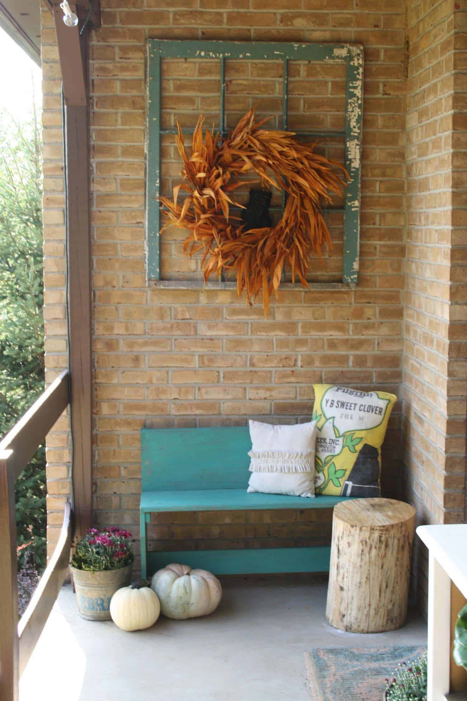 46 of the coziest ways to decorate your outdoor spaces for for Ideas for pictures